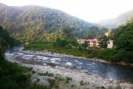 Riverside Resorts in Jim Corbett